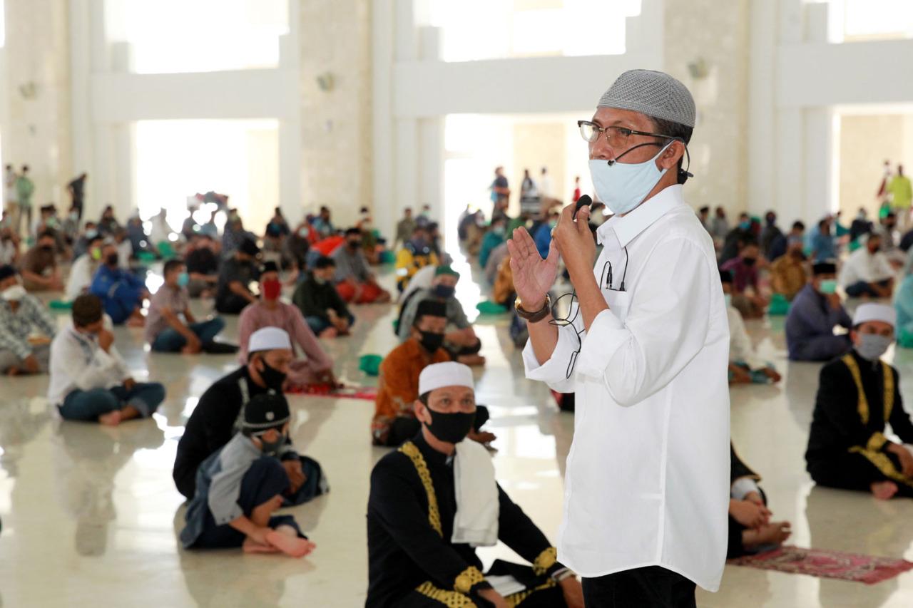 Masyarakat Apresiasi Penerapan Protokol Covid-19 di Masjid Sultan