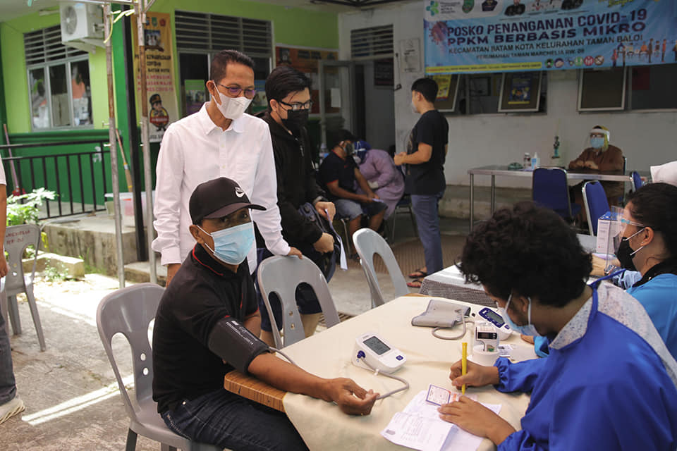 Selain Vaksinasi, Amsakar Terus Ingatkan Masyarakat Pentingnya Tetap Terapkan Prokes